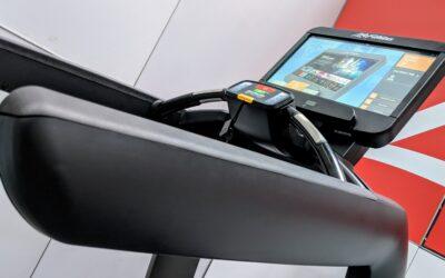 Maszyny regenerowane na siłownię – jak wybrać dostawcę?